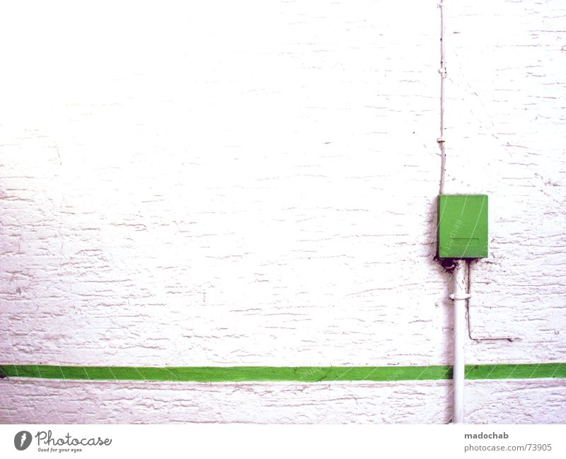 THIS IS NOT A LOVESONG | wand mauer wall trash style urban weiß grün Haus Wand Mauer Linie Design Elektrizität trist einfach trashig Grafik u. Illustration