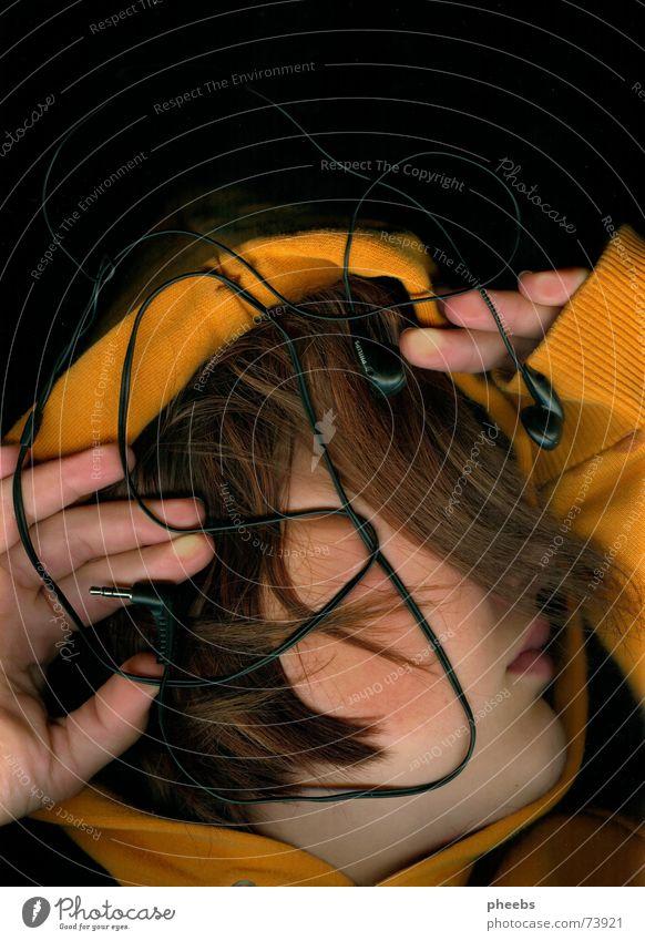 abdruck des hörens Hand Gesicht Musik Haare & Frisuren Kopf Mund orange Lippen Pullover Kopfhörer erstaunt Scanner Handfläche