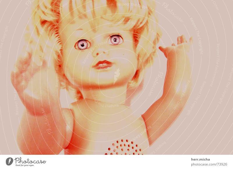 I do exist. gelb Leben Angst trist Kindheit Statue Puppe Erinnerung Gewissen