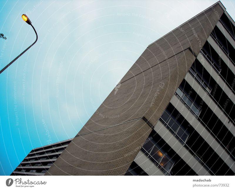 URBAN STEREO | hochhaus building heaven architecture urban Himmel Stadt blau Wolken Haus Fenster Leben Architektur Gebäude Freiheit fliegen oben