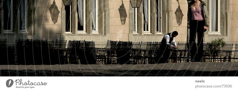 myURBANISMforMADO alt Stadt Lampe gehen Spaziergang Restaurant Markt