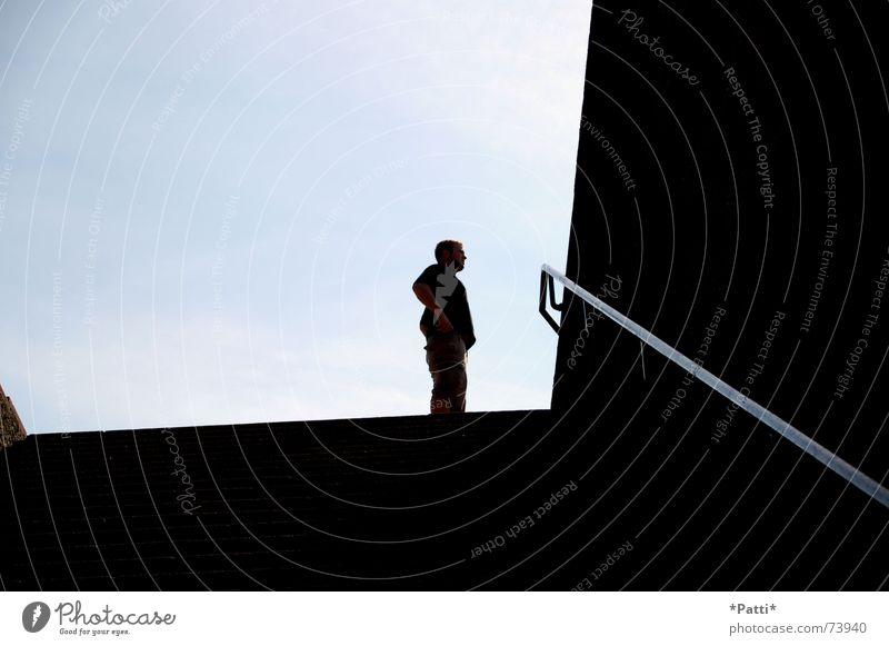Schattenmann Leipzig schwarz der daniel blau Treppe völkerschlachtdenkmal Coolness