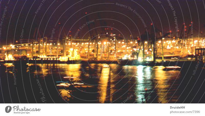 Hafenbetrieb Nacht Wasserfahrzeug Kran Schifffahrt Hamburg Licht Küste Elbe