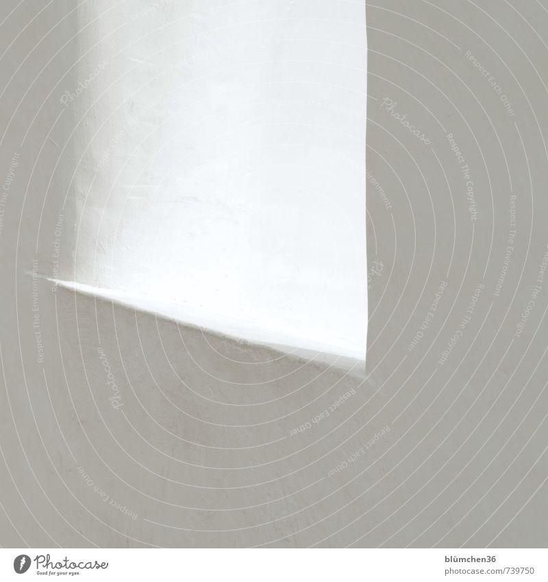 WEISS alt weiß Fenster Wand Farbstoff Mauer Gebäude Stein Linie Fassade elegant leuchten ästhetisch einfach Schutz historisch