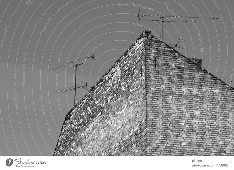 Berg der Empfängnis alt Himmel weiß ruhig Haus schwarz Wand Berge u. Gebirge grau Stein Traurigkeit Metall Romantik Fernsehen Backstein Ruine