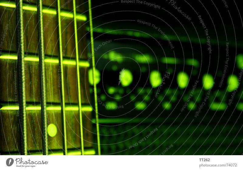 Fünf müssen es sein grün dunkel Musikinstrument Saite Elektrobass Verstärker Saiteninstrumente