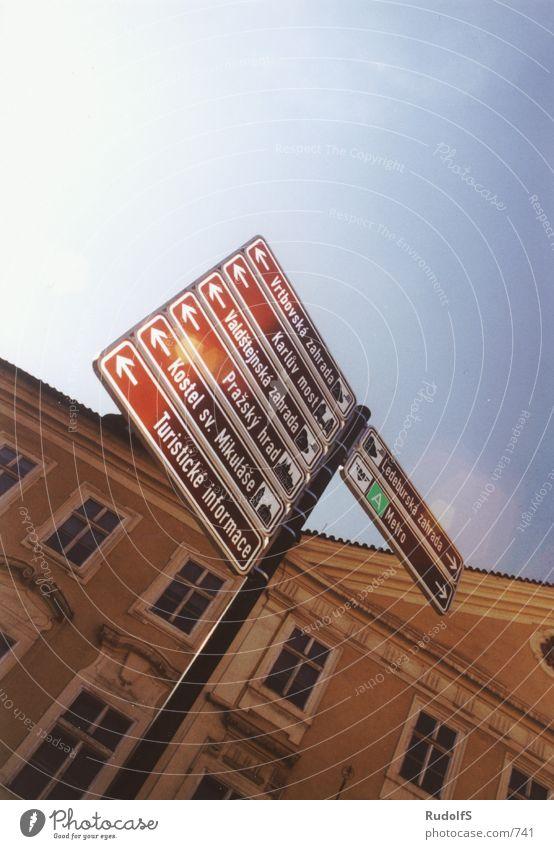 where to go? Schilder & Markierungen Tourist Prag Fototechnik Tschechien