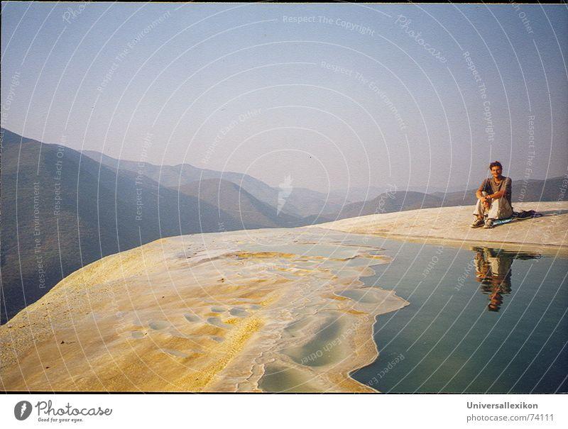 Hierve el Agua/Mexico Einsamkeit ruhig Spiegelbild Ferne Mexiko Berge u. Gebirge Wasserfall Himmel ausdehnung