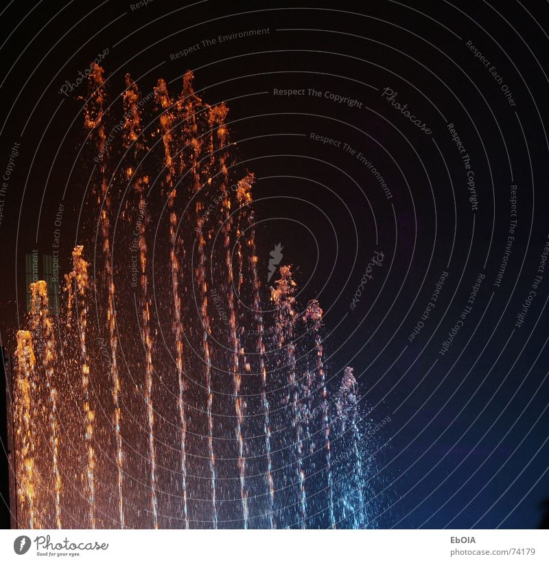 Klangwellen Wasser/Laser Show Farbe Rauch spritzen Bonn Brunnen Springbrunnen Lasershow Wassershow
