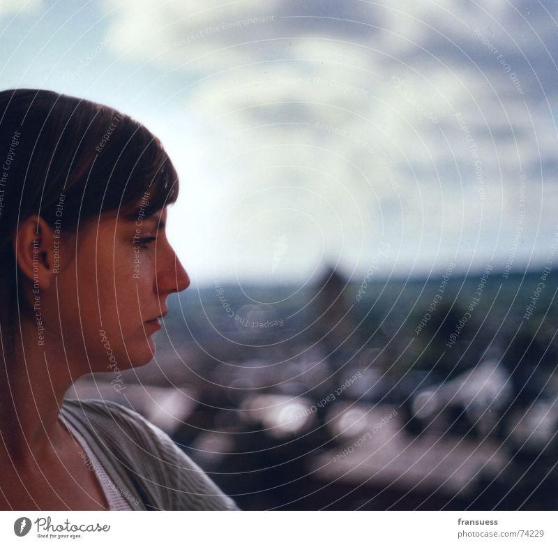 sehnsucht Porträt Silhouette Profil Sehnsucht Neugier Gedanke Denken Suche Blick Frau feminin Trauer nachdenken Erholung Gesicht Traurigkeit