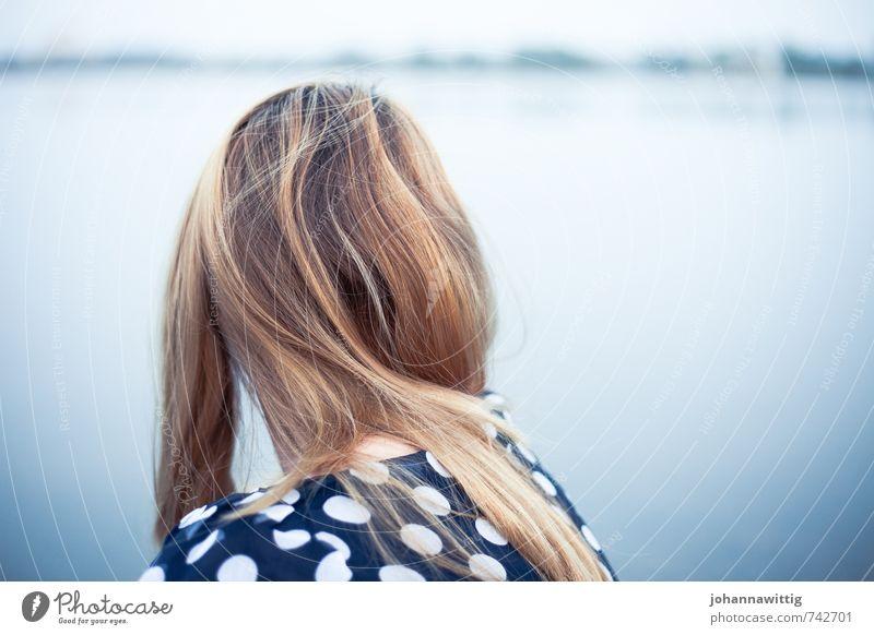 every time i run Junge Frau Jugendliche Haare & Frisuren 1 Mensch 18-30 Jahre Erwachsene Wolkenloser Himmel Frühling Sommer Einsamkeit Erholung Enttäuschung