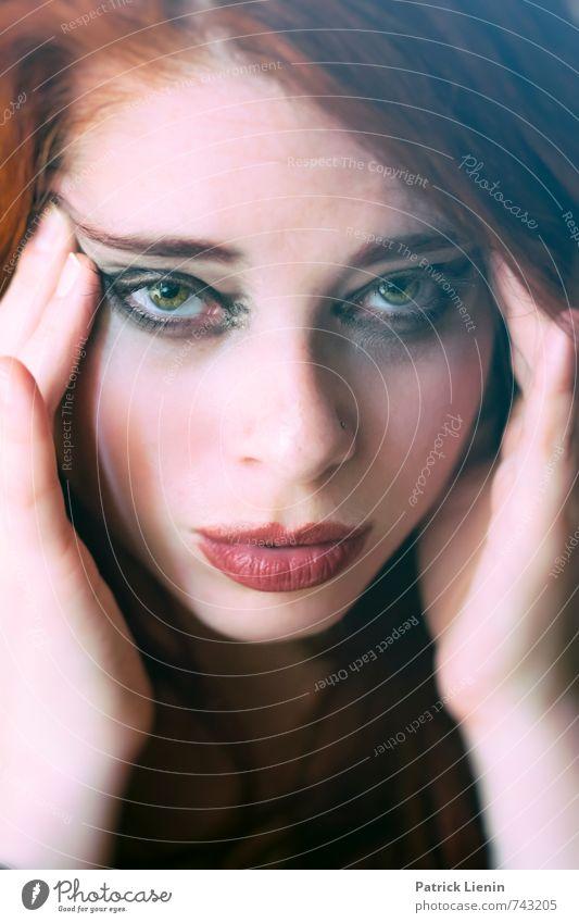Gedankenlesen Mensch Natur schön rot Erotik Erwachsene Gesicht feminin Stil Gesundheit Kopf Mode Freizeit & Hobby Lifestyle elegant Design
