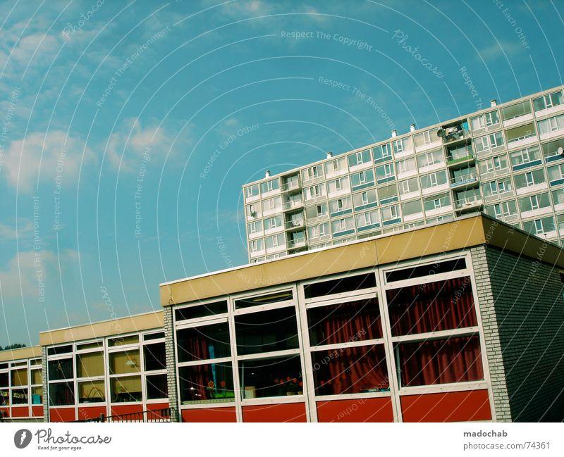 DUTCH URBANISM II Himmel Stadt blau Farbe rot Wolken Haus Fenster gelb Leben Architektur Gebäude Freiheit fliegen braun oben