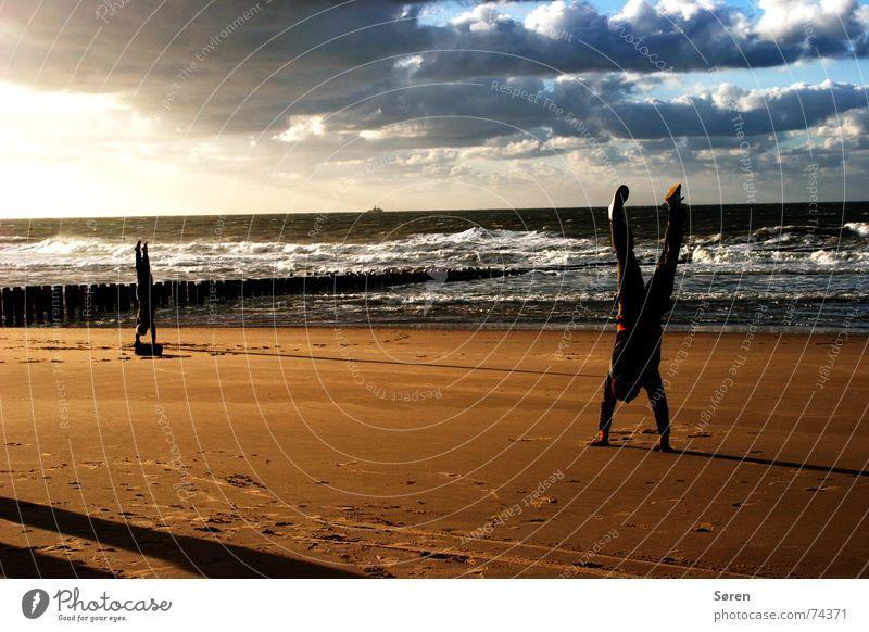 Yoga power Meer Strand Ferien & Urlaub & Reisen Sport Sand Kraft Körper Gesundheit Energiewirtschaft Wellness stehen Australien Yoga harmonisch Brandung Niederlande