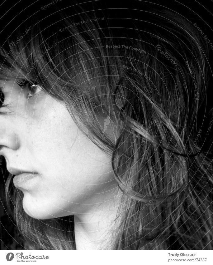 darkside lightside Frau Mensch Auge feminin Haare & Frisuren Seite Porträt
