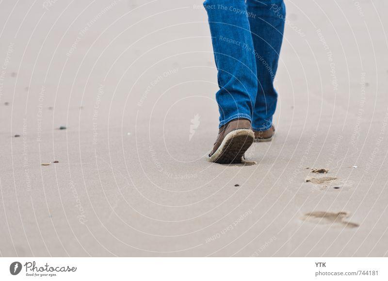 Beachstrider Mensch Natur Jugendliche Ferien & Urlaub & Reisen Mann Meer 18-30 Jahre Ferne Junger Mann Strand Erwachsene Umwelt Sport Freiheit Beine Fuß