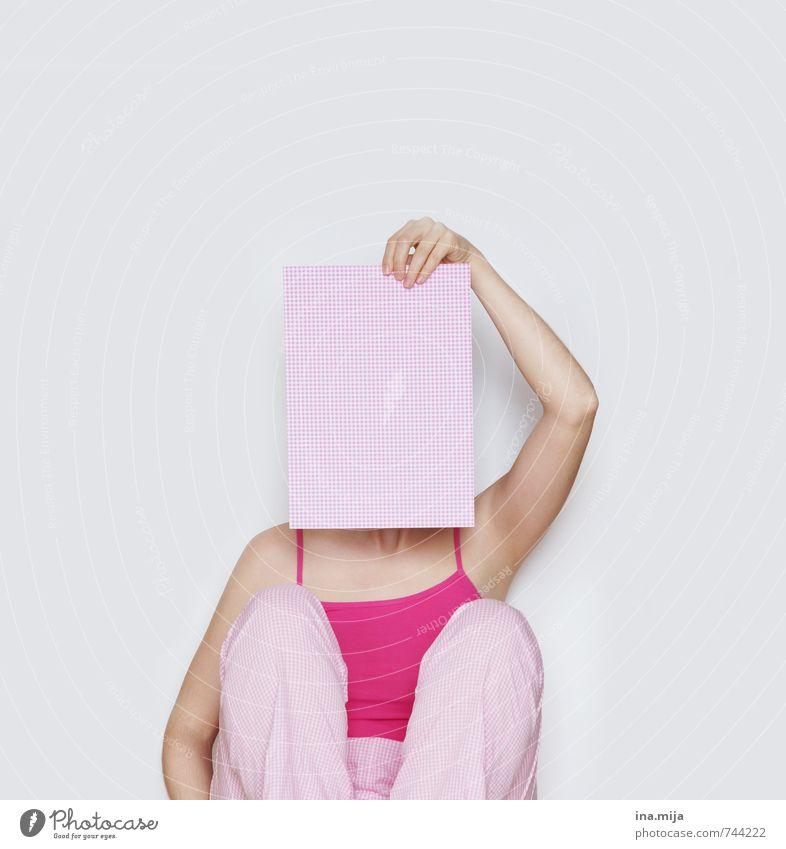 nicht verfügbar! Mensch feminin Junge Frau Jugendliche Erwachsene 18-30 Jahre 30-45 Jahre rosa Schutz Trennung Pause verstecken Versteck Tarnung Müdigkeit
