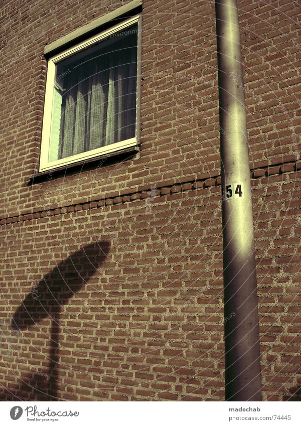 EXISTENZ Stadt Sommer Haus Leben Fenster Architektur Mauer Gebäude Lampe Arbeit & Erwerbstätigkeit Wohnung Beton Design Hochhaus trist Häusliches Leben