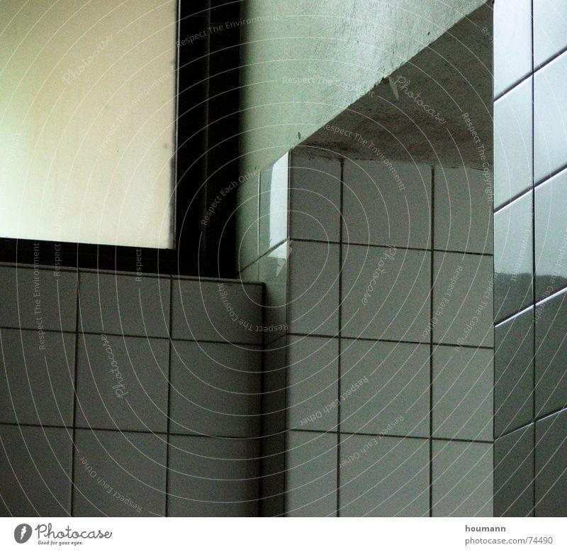 Grün reflex Wand Fenster Bad grün weiß Spiegel kalt Ecke Fliesen u. Kacheln Reflexion & Spiegelung window tiles bathroom white mirror cold reflection corners