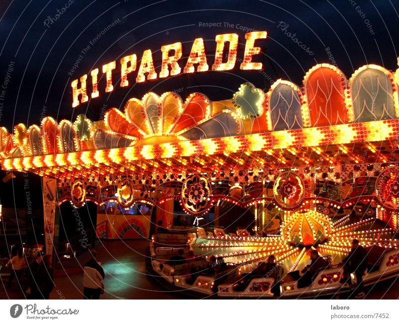 hitparade Party Kitsch Club Jahrmarkt Fahrgeschäfte