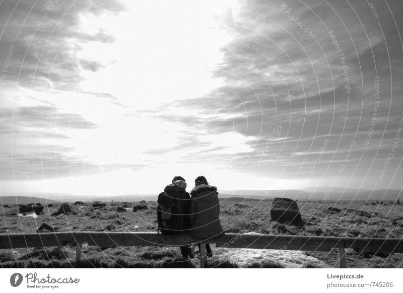 kleine Pause Mensch Frau Himmel Natur Ferien & Urlaub & Reisen Mann Sonne Landschaft ruhig Wolken Winter Erwachsene Umwelt Berge u. Gebirge Schnee feminin