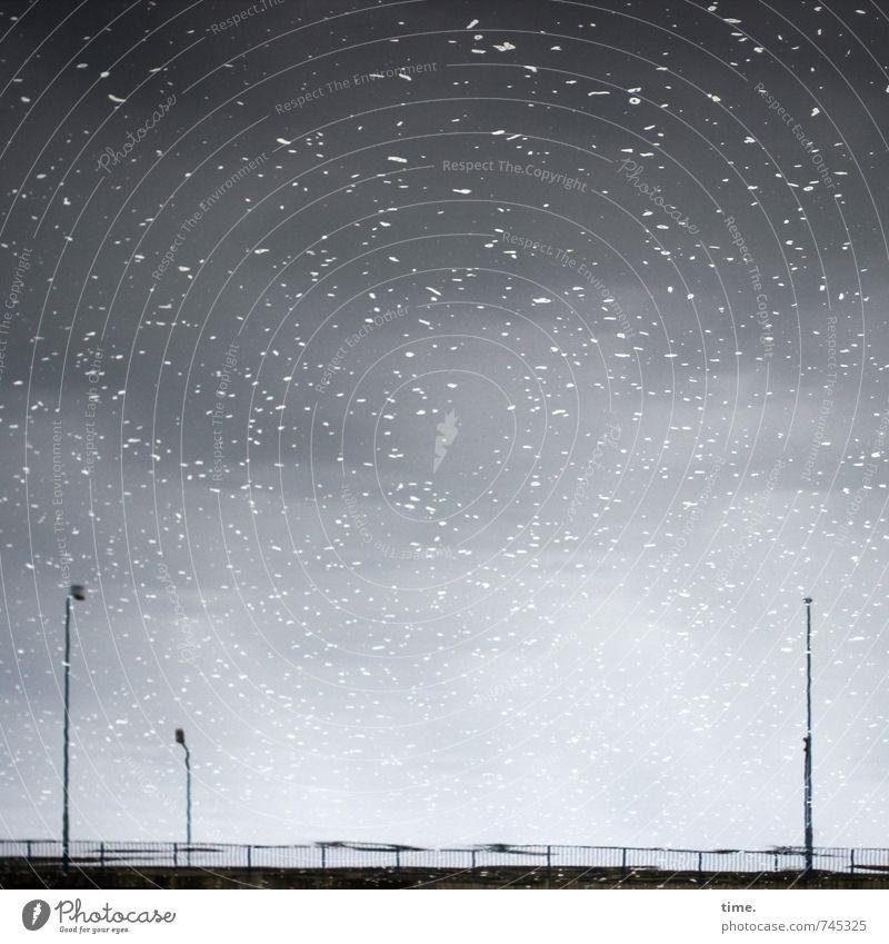 Halle/S.-Tour | Sterne im Kanal Wasser Schönes Wetter Wellen Fluss Halle (Saale) Brücke Straßenbeleuchtung Zufriedenheit Gefühle geheimnisvoll Inspiration Natur