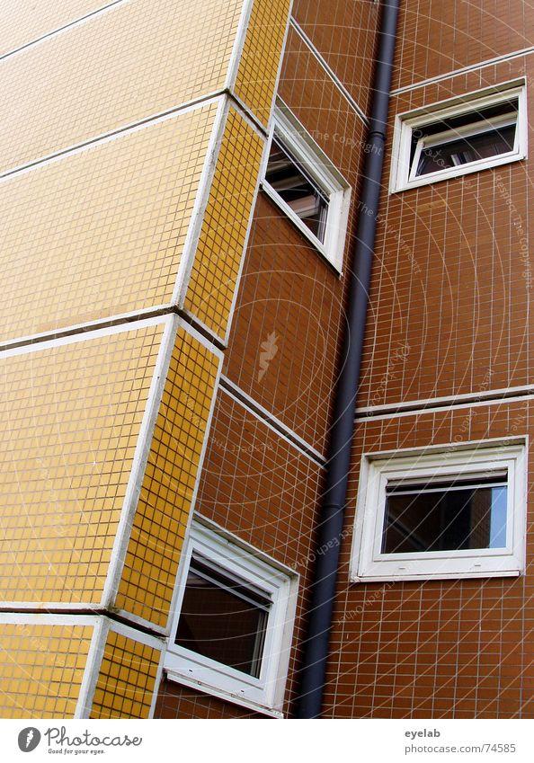 Uninformativer Funktionalismus 2 Fenster Wand Gebäude Haus Hochhaus sozial gelb braun weiß Hoffnung Sechziger Jahre Siebziger Jahre Muster Fliesen u. Kacheln
