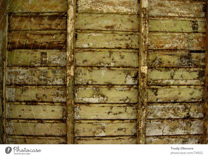 'against' pollution Holz Oberfläche Strukturen & Formen Holzbrett verfallen Häusliches Leben baufällig morsch labil Feld Muster Teilung alt gewohnt gebraucht