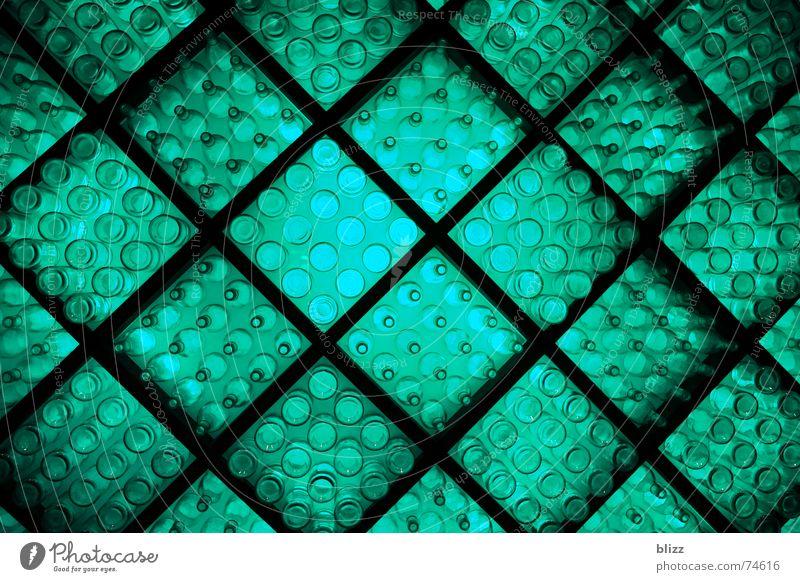 Lightbottles Licht Gitter ruhig grün türkis Erholung Indirektes Licht Flasche Glas Beleuchtung light glass Perspektive