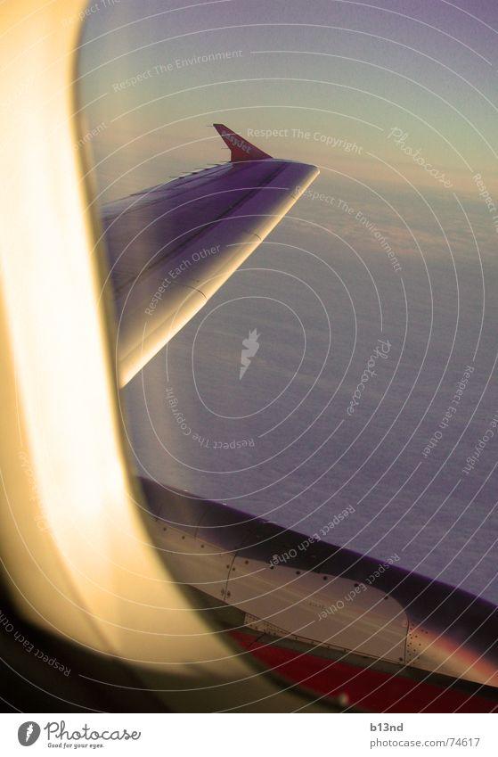 """""""Leaving On A Jetplane ... """" Himmel weiß blau Wolken Fenster Flugzeug Horizont Luftverkehr Aussicht Tragfläche Triebwerke lüften"""