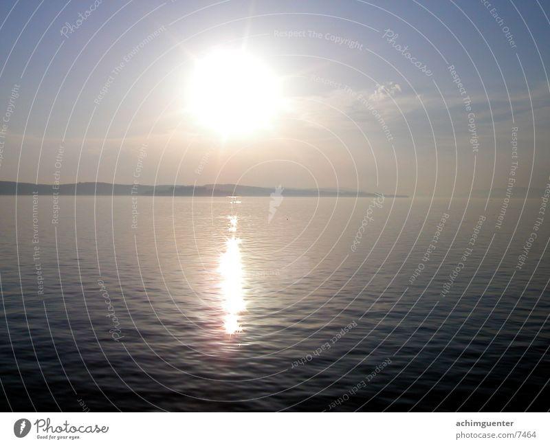 reflections Insel Mainau ruhig Wasser Sonne Himmel Abend Bodensee
