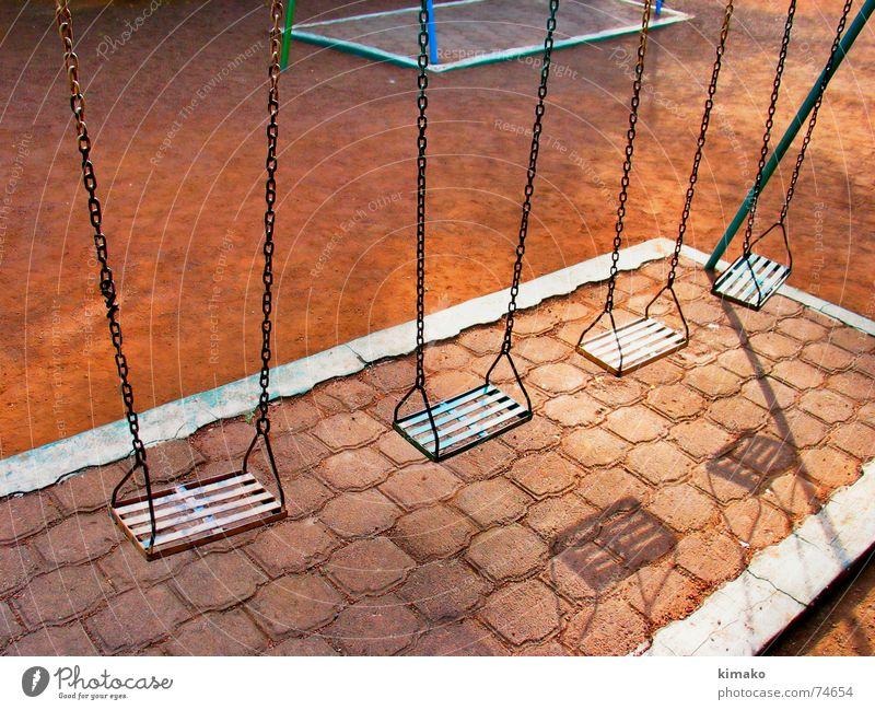 Solitude II Einsamkeit Park Sand Erde Schaukel Spielplatz Mexiko Swing