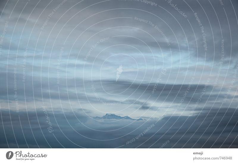 Pilatus Himmel Natur blau Wolken Umwelt Berge u. Gebirge natürlich außergewöhnlich bedrohlich Gipfel Alpen Schweiz schlechtes Wetter nur Himmel