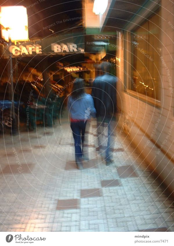 zweisamkeit Mensch Bewegung Paar paarweise Spaziergang