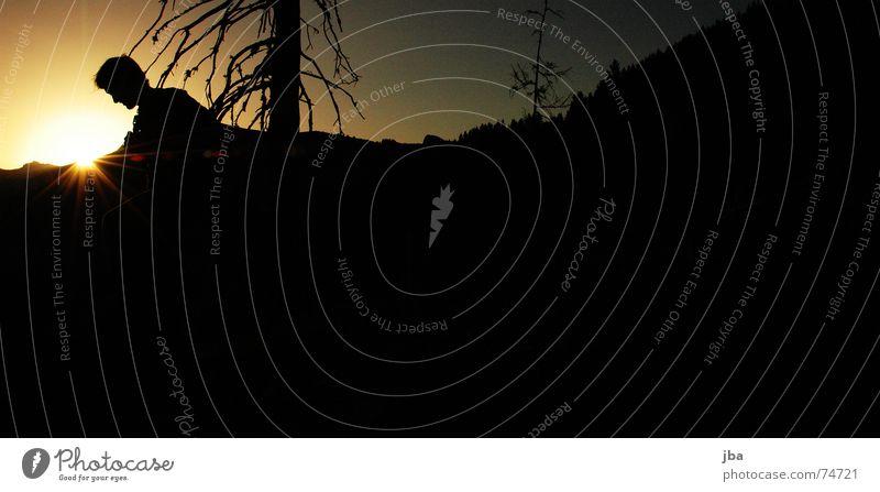 Es war schön! 2 Himmel Sonne schwarz Berge u. Gebirge orange Schweiz Ast Abenddämmerung untergehen Tal nachten Saanenland Berner Oberland
