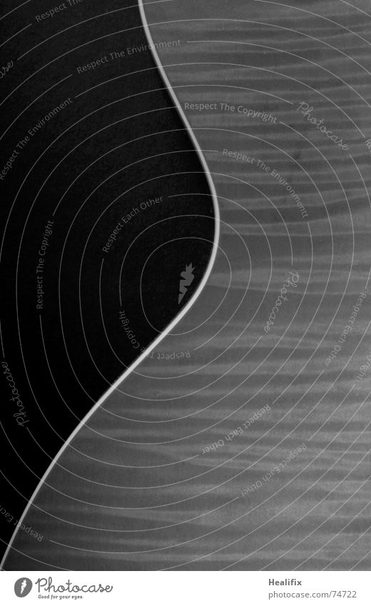 Body weiß schwarz ruhig kalt dunkel Spielen Linie Musik ästhetisch rund Gelassenheit Veranstaltung Gitarre Kurve trendy Elektrobass