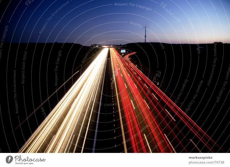 licht nacht I Dämmerung Nacht Langzeitbelichtung Belichtung Heckleuchte Bundesautobahn Abzweigung Dreieck PKW Lastwagen Straße Eisenbahn Autobahn Licht