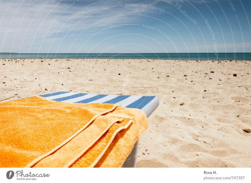 VorSaison Ferien & Urlaub & Reisen Tourismus Sonne Strand Meer Urelemente Himmel Wolken Horizont Schönes Wetter blau gelb weiß Zufriedenheit Lebensfreude