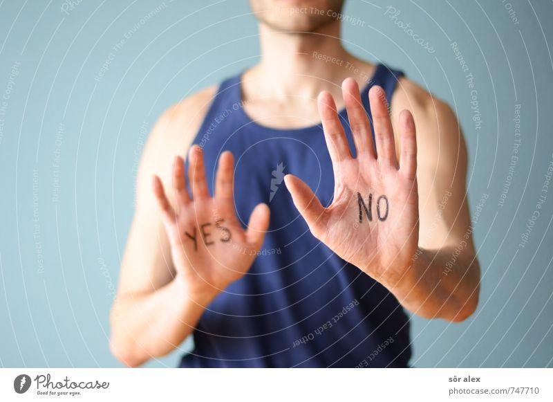...und ZWEI Mensch Mann blau Hand Erwachsene sprechen maskulin Business Finger Fitness Team sportlich stark Meinung Sport-Training gegen