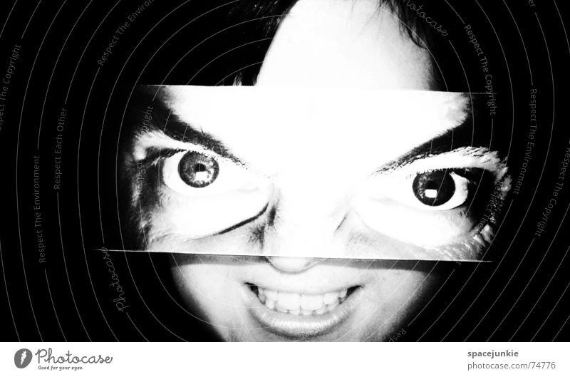 Beautiful Frau schwarz weiß Porträt Freak Angst beängstigend dunkel verrückt Schwarzweißfoto Mensch Auge grinsen lachen böse