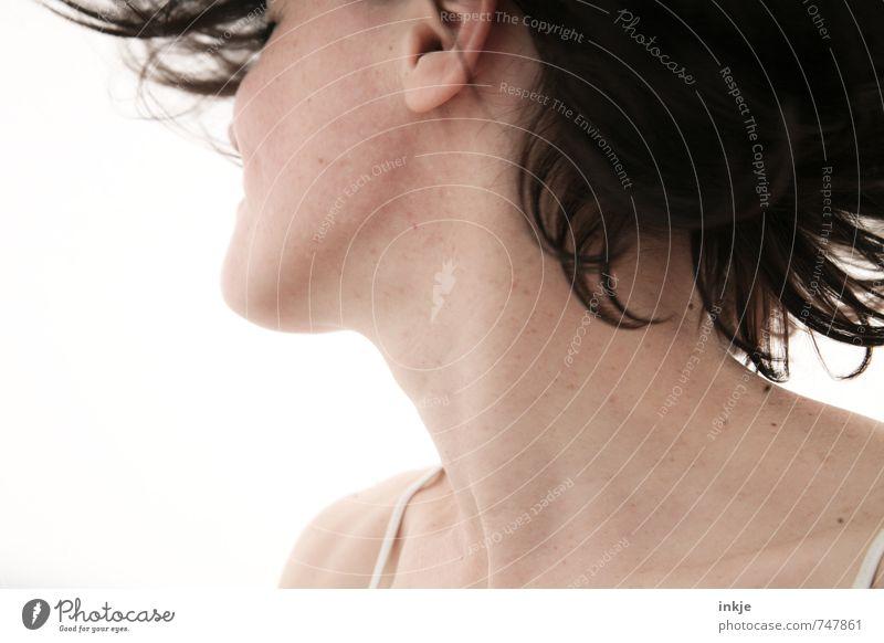 sommer Mensch Frau Freude Erwachsene Leben Gefühle feminin Bewegung Stil Haare & Frisuren Gesundheit hell Stimmung Lifestyle wild frisch