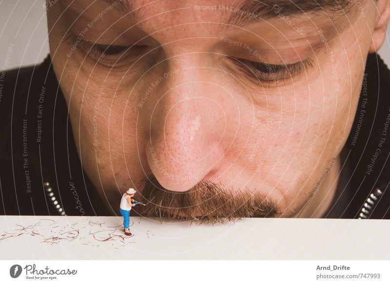 Der Schnurri muss ab! Mensch Mann Erwachsene Haare & Frisuren Kopf maskulin Bart Körperpflege anstrengen Gartenarbeit Oberlippenbart 30-45 Jahre