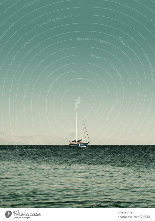 The Calm Before The Storm Dalmatien Mast Kroatien Gewässer Meer Wasserfahrzeug Segeln Segelschiff Segelboot grün Küste Sommer Pause Himmel Europa Schifffahrt