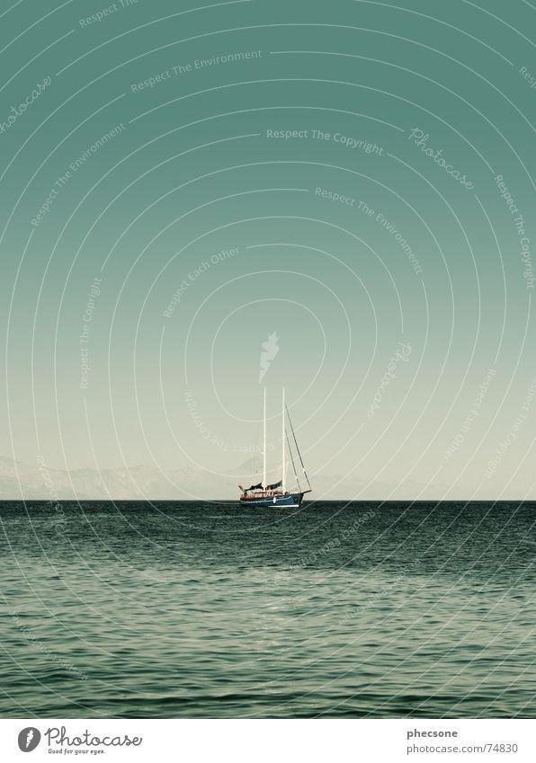 The Calm Before The Storm Wasser Himmel Meer grün Sommer Berge u. Gebirge Wasserfahrzeug Küste Europa Pause Segeln Schifffahrt Segelboot Mast Segelschiff