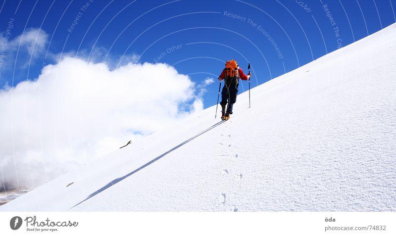 Jeti lebt Winter Wolken kalt Schnee Berge u. Gebirge Klettern Indien frieren Bergsteigen Gletscher tragen Berghang Wintersport steil Rucksack Kletterhilfe