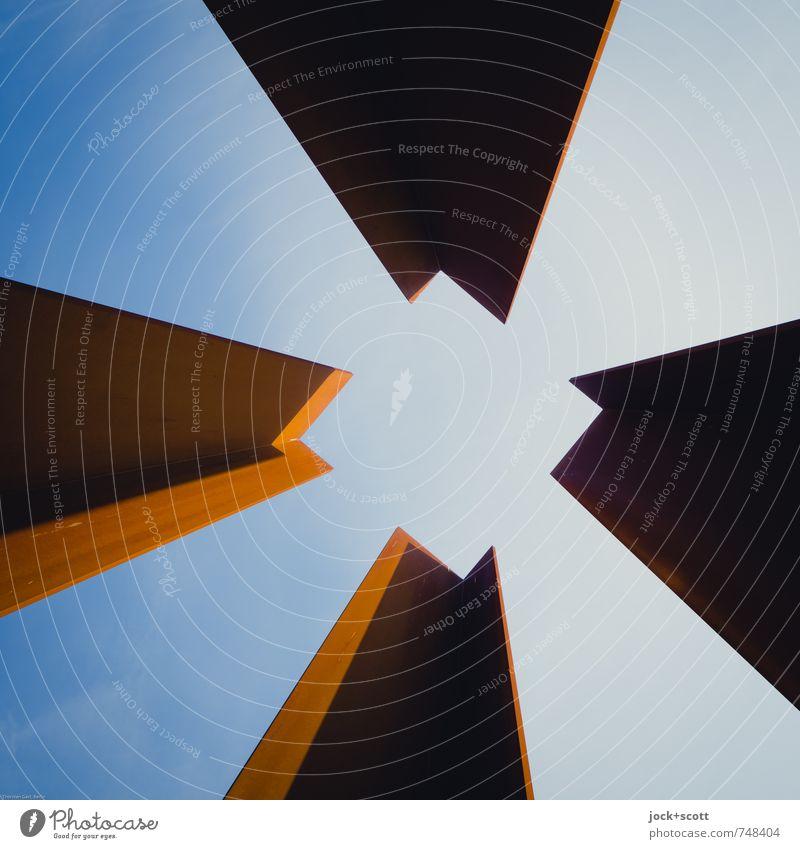 Vierling Architektur Berlin Ordnung Kraft Perspektive hoch Ecke Turm Vergangenheit Wolkenloser Himmel Konzentration Rost Stahl Quadrat eckig Skulptur