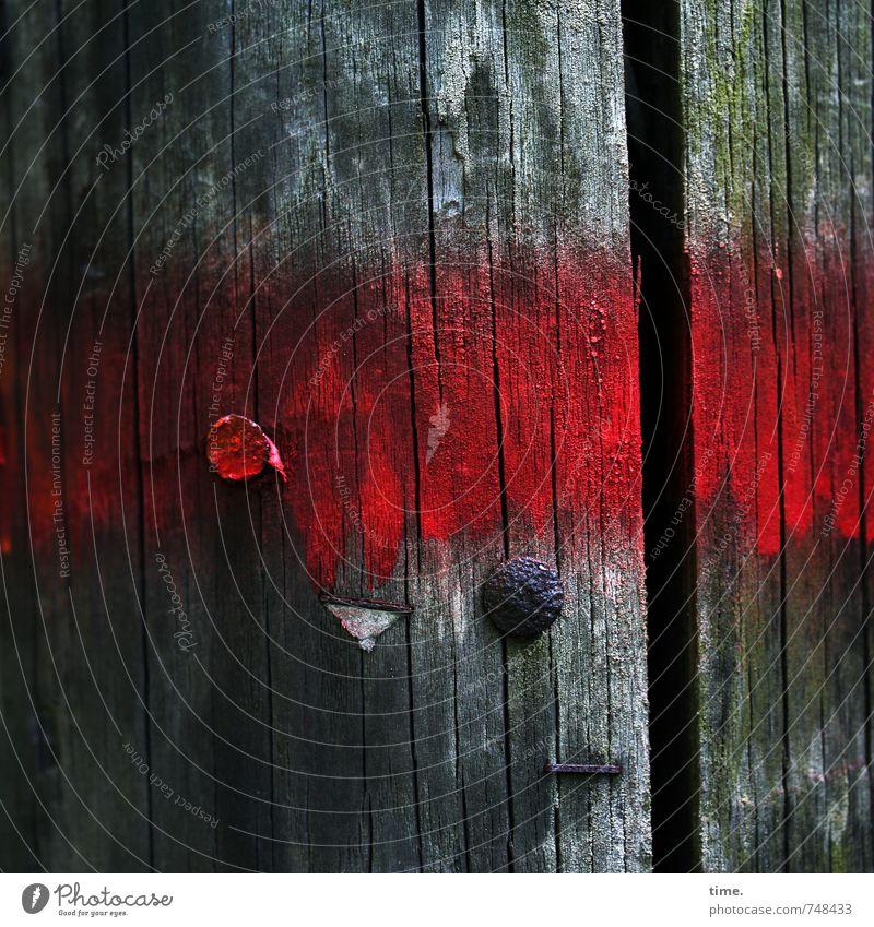 Altersstarrsinn Strommast Dekoration & Verzierung Nagel Farbstoff Maserung Holz Metall Zeichen Schilder & Markierungen Graffiti Linie Streifen alt dreckig