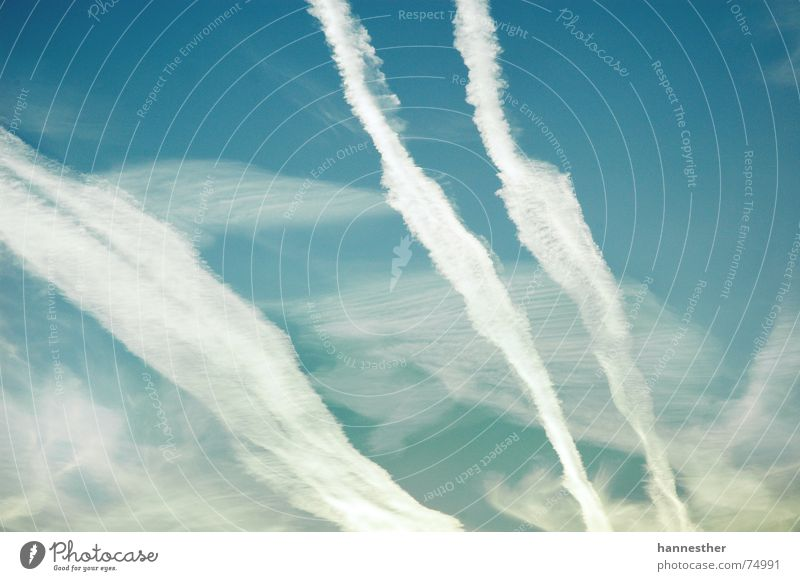 AUF GEHT'S 2 Himmel Natur alt grün blau Sommer Ferien & Urlaub & Reisen Wolken Ferne kalt dunkel Freiheit oben Bewegung Luft Wärme