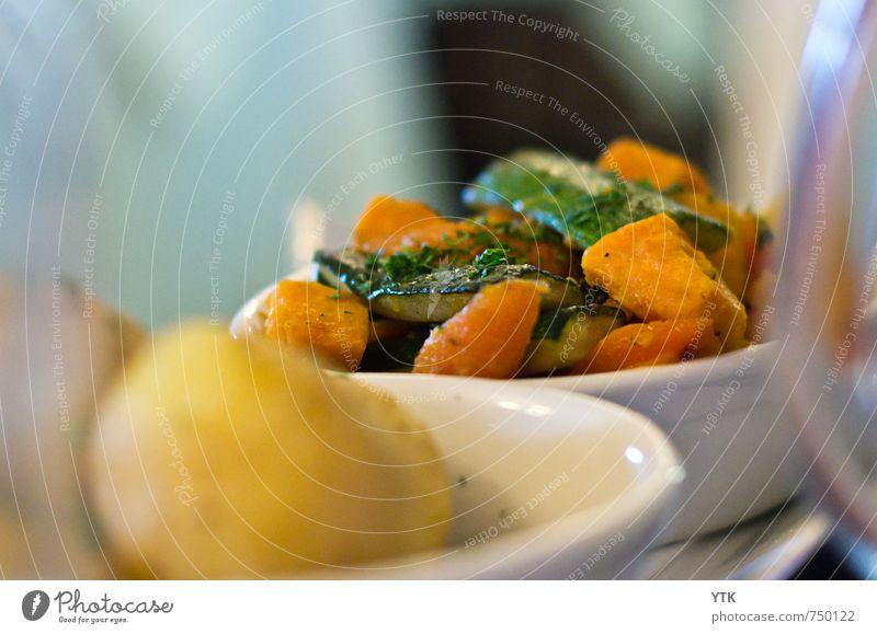 Roasted veggies Lebensmittel Ernährung Mittagessen Abendessen Bioprodukte Vegetarische Ernährung Geschirr Schalen & Schüsseln Glas Lifestyle Gesundheit elegant