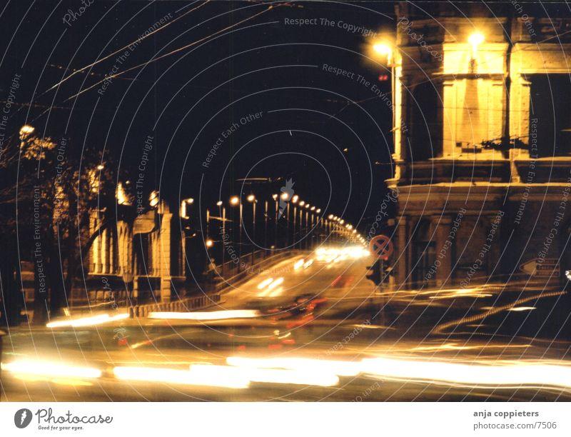 Don't Stop Straße Bewegung PKW Verkehr Brücke fahren Straßenbeleuchtung